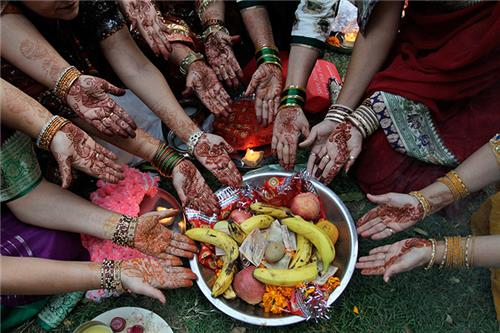 Karva Chauth Traditions