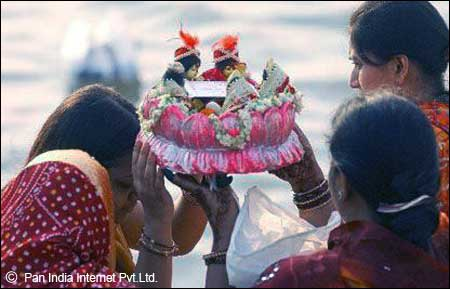 How to Celebrate Gangaur