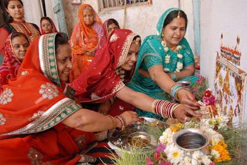 Women celebrating Gangaur