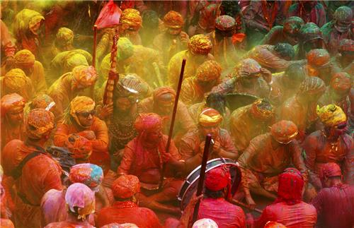 Holi Celebrations in Mathura Vrindavan