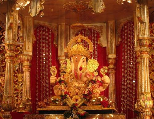 Dagdusheth Halwai Ganpati Temple in Pune
