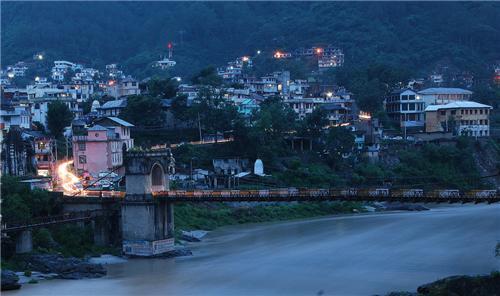 Victoria Bridge in Himachal